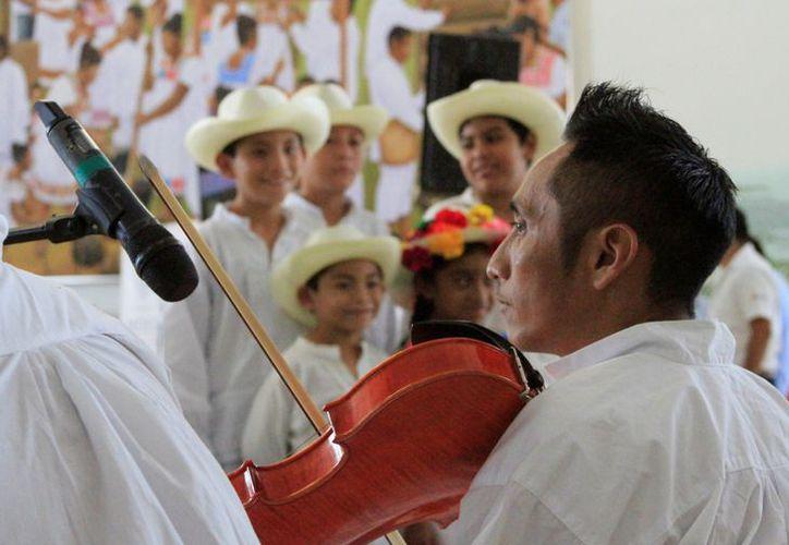 """El noveno festival de música y danza indígena """"Máasewal Puksi´ik´al"""", """"Corazón indígena"""", se realizará la noche de hoy, viernes 31 de agosto. (Ángel Castilla/SIPSE)"""