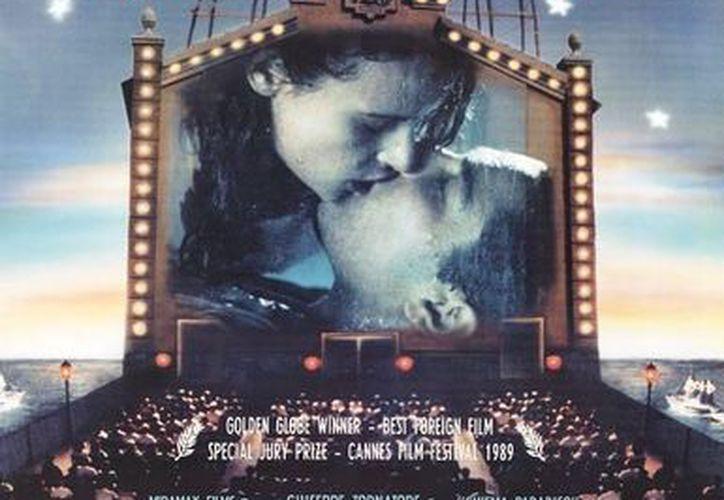 El filme 'Cinema Paradiso', de 1988, es un retrato sentimental de la Italia de la postguerra. (filmaffinity.com)