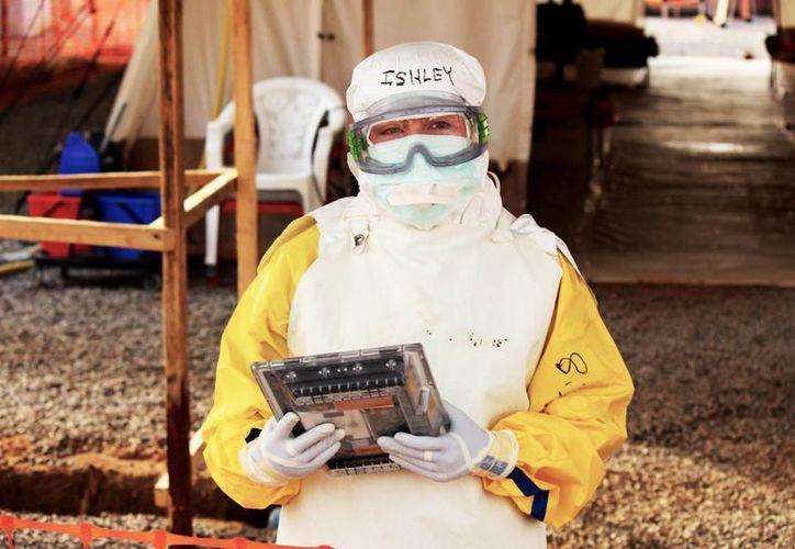 El aparato portátil busca facilitar el registro de pacientes afectados por el ébola en África y a la vez proteger a los médicos de posibles contagios. (Google/engadget.com)