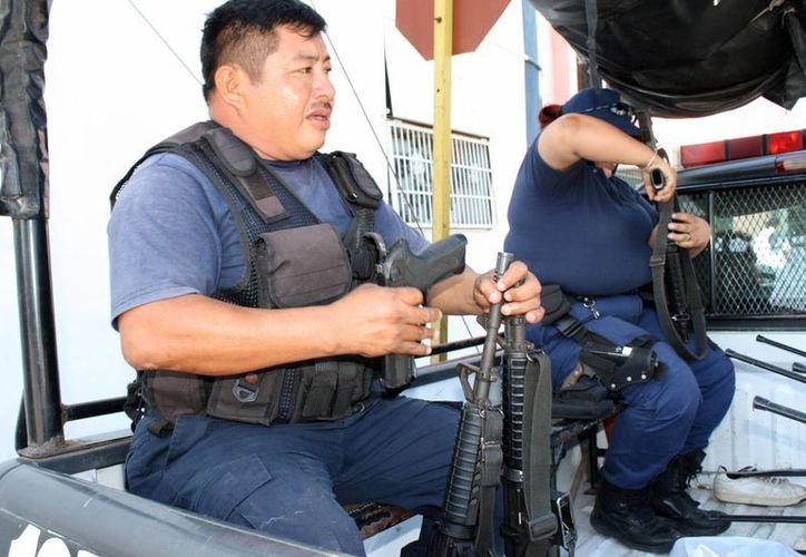Según el estudio, la entidad presenta un casi nulo avance en el proceso de certificación de sus corporaciones policíacas. (Redacción/SIPSE)