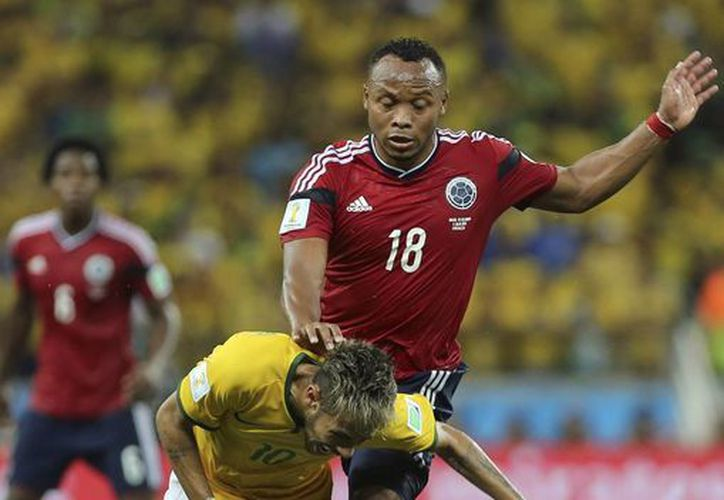 El colombiano Camilo Zúñiga asegura que nunca fue si intención lesionar a Neymar. (Archivo/EFE)