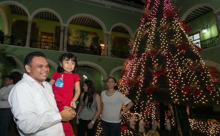 Este jueves el mandatario Rolando Zapata Bello comenzará las fiestas decembrinas con este evento. (Archivo/ Milenio Novedades)