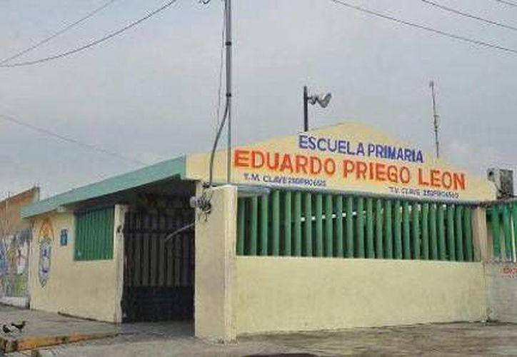 La escuela Eduardo Priego León fue de las que más registró inasistencias. (Foto de Contexto/SIPSE)