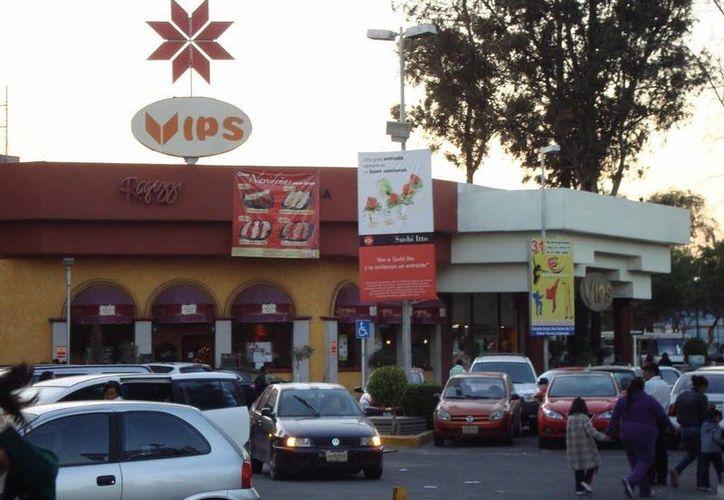 La Cofece condicionó el cierre de la compra de Vips a que se eliminaran contratos de exclusividad. (panoramio.com)