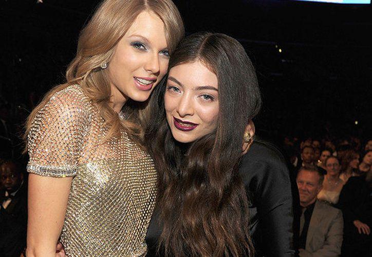 Lorde ha querido ahora desmarcarse de esa pandilla de impresionantes mujeres, que cuenta con famosas de la talla de Cara Delevingne, Karlie Kloss, Selena Gomez o Gigi Hadid. (Contexto/Internet).