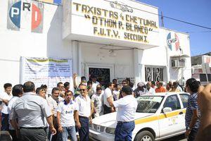 Taxistas ponen de cabeza las calles de Chetumal