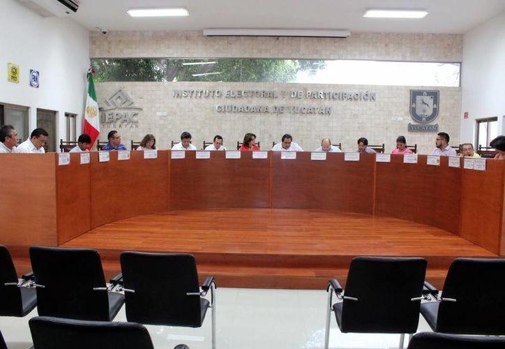 El Iepac iniciará hoy el proceso para la adquisición de las papeletas electorales que se utilizarán en junio. (Milenio Novedades)