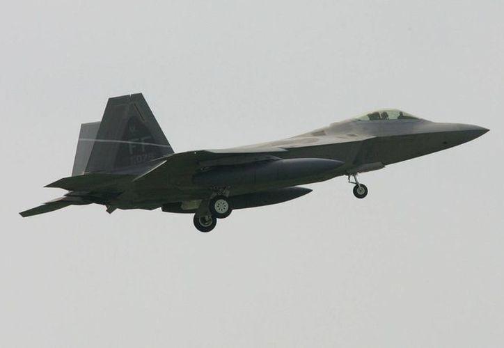 Imagen de archivo de un avión de combate Air Force F-22A Raptor. (EFE/Archivo)