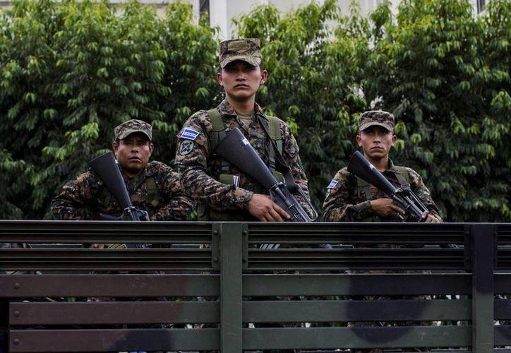 El Salvador ha tenido un respiro con una baja de los asesinatos a casi la mitad. (AP)