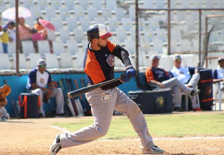 El juego de preparación de ambos equipos se realizó en el diamante del estadio Nachan Kaan. (Miguel Maldonado/SIPSE)