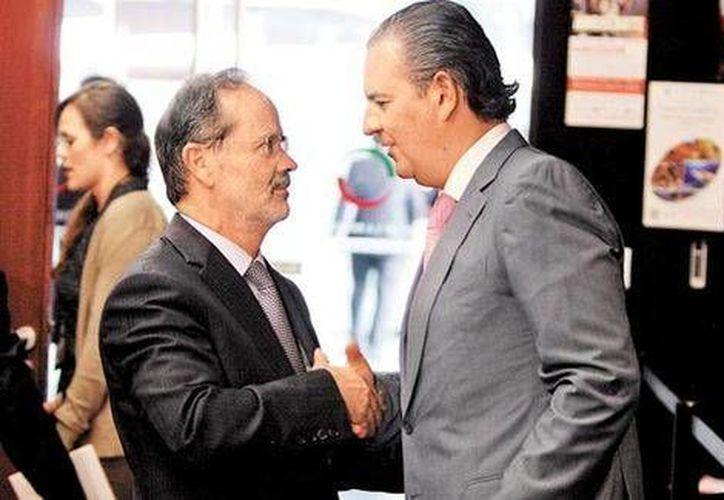 Gustavo Madero, presidente nacional del PAN, y el líder del Consejo Coordinador Empresarial coincidieron en la sede del Senado. (Javier Ríos/Milenio)