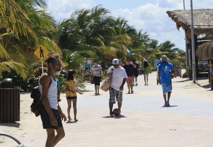 Más del 80% del turismo que llega al sur de Quintana Roo es mexicano. (Ángel Castilla/SIPSE)