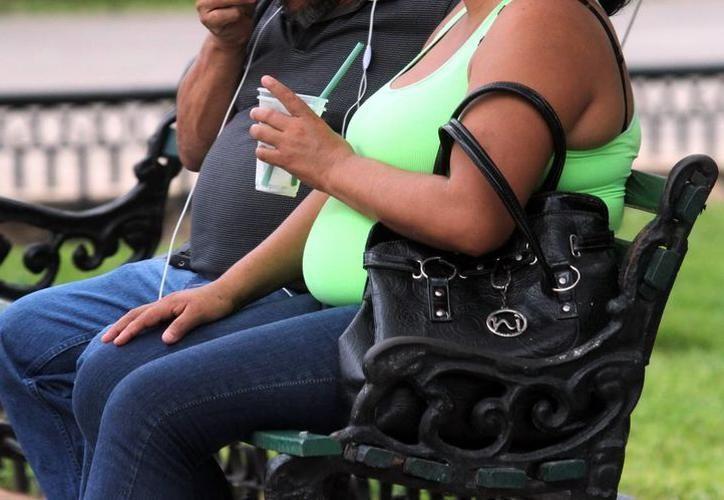 Durante la más reciente semana epidemiológica, se detectaron 389 casos nuevos de obesidad en Yucatán. (SIPSE)