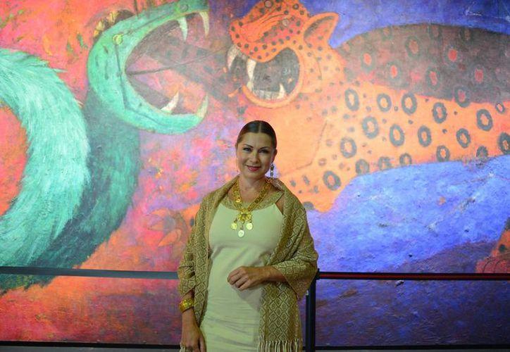 En la presentación del Festival Internacional de la Cultura Maya llegaron personalidades como la actriz Leticia Calderón. (Milenio Novedades)