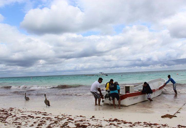 La pesca de langosta es la actividad fundamental de Punta Allen, pues genera mayores ingresos para 100 familias. (Foto: Sara Cauich)