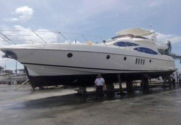 """La embarcación """"Tisbea"""" que sufrió un encallamiento en la área natural protegida. (Profepa)"""