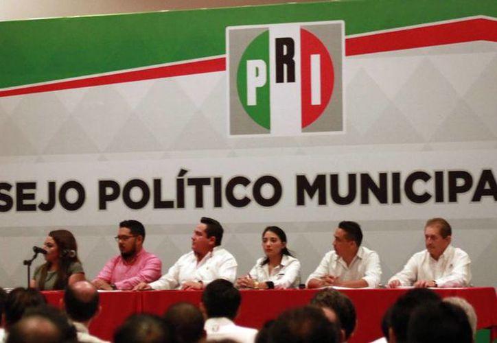 El Consejo Político del PRI acordó renovar la dirigencia del Comité Directivo Municipal de Mérida. (Jorge Acosta/SIPSE)