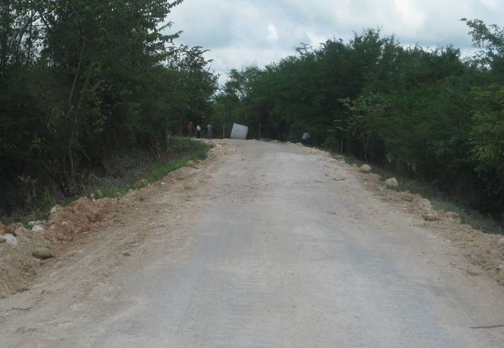 Las lluvias que se precipitaron en el municipio incomunicaron a varias poblaciones. (Javier Ortiz/SIPSE)