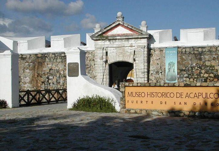 Como parte de la celebración en el Museo Histórico de Acapulco se ofreció un concierto. (viajes.net)