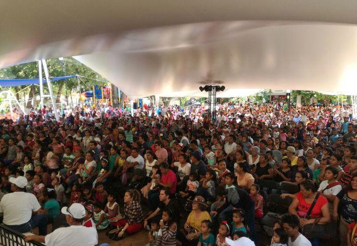 Las familias presentes disfrutaron de eventos artísticos y recreativos programados por el Ayuntamiento de Mérida para chicos y grandes. (Patricia Itzá/Milenio Novedades)