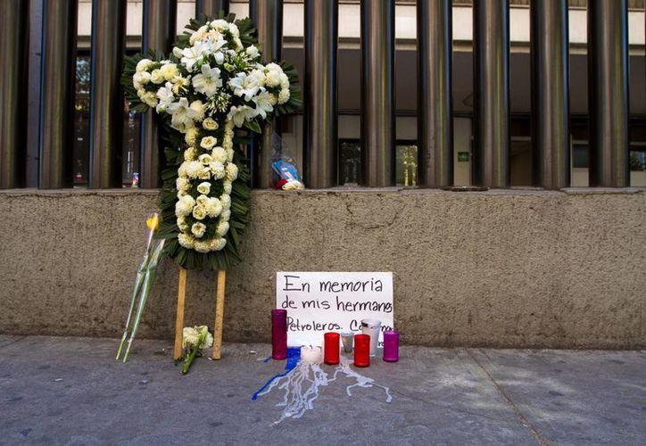 Pemex confirmó el fallecimiento de Carolina Victoria López, la víctima mortal número 37. (Notimex)