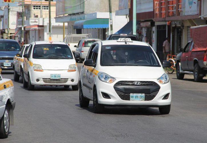 Actualmente, operan en Chetumal mil 880 taxis con una tarifa de 18 pesos. (Foto: Eddy Bonilla/SIPSE)
