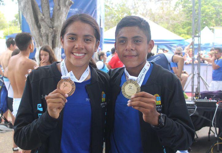 Los ganadores fueron ovacionados por la gente que acudió a apoyarlos. (Miguel Maldonado/SIPSE)