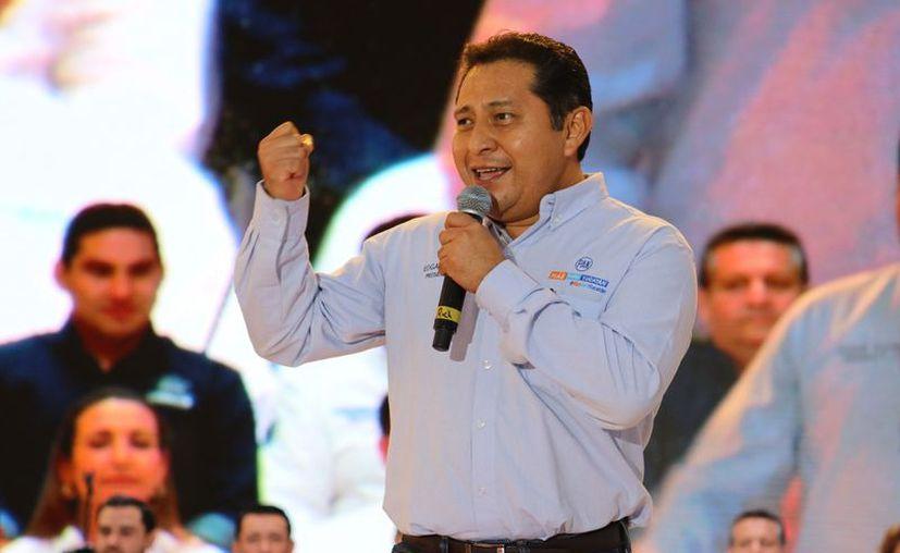 Este jueves Edgar Ramírez Pech hizo formal su separación de la presidencia de Acción Nacional en Yucatán.  (Milenio Novedades)
