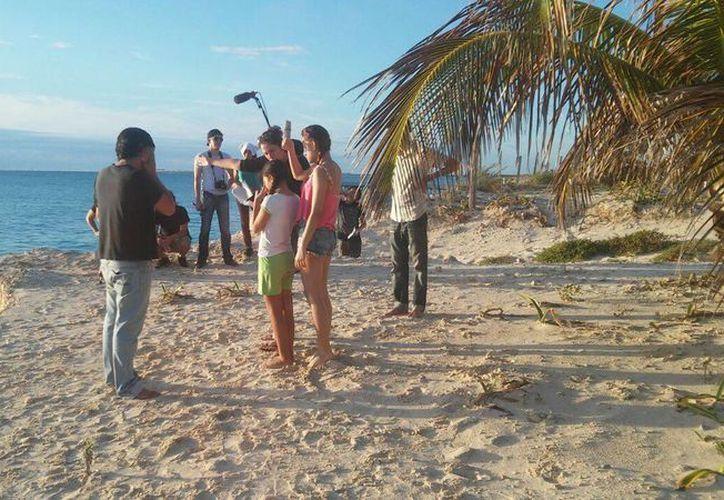 En el proyecto participan integrantes de la compañía de teatro Usigli, y de la escuela de cine de Cancún. (Redacción/SIPSE)