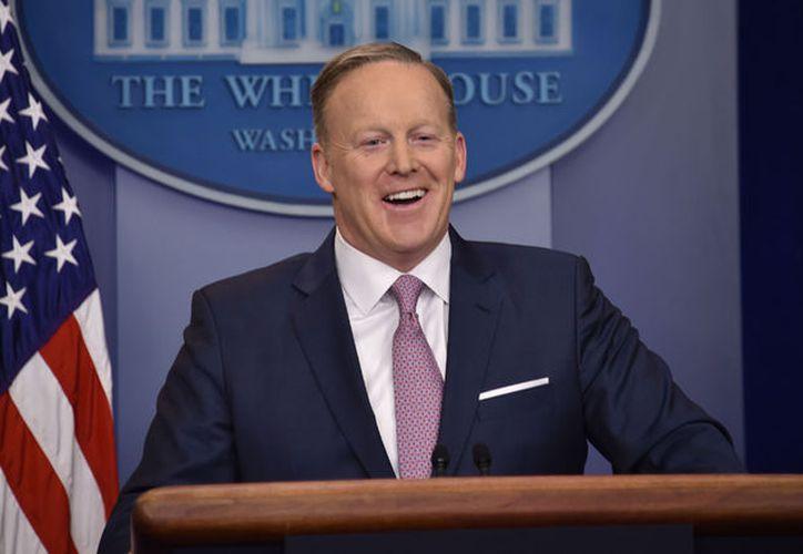 Sean Spicer aseguró en una rueda de prensa que el presidente Rusia es peor. (Político).