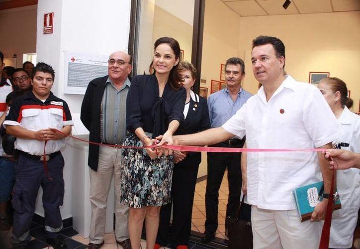 Ayer se inauguró una muestra fotográfica sobre la historia de la institución. (Cortesía/SIPSE)