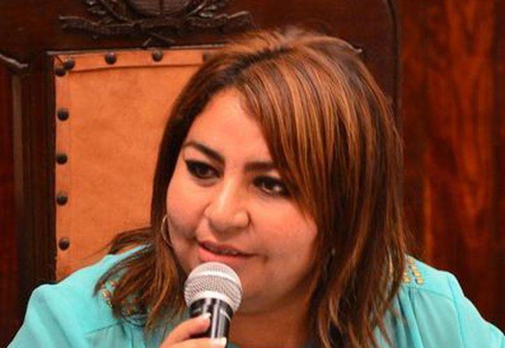 La regidora priista Alejandra Cerón Grajales considera que falta equidad en las obras de desarrollo social. (Cortesía)