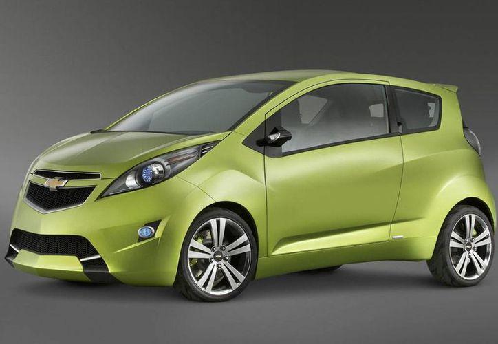 Un vehículo como el de esta imagen recibieron 70 empleados del magnate de los diamantes. (www.carsingh.com)