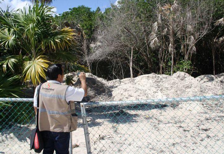 El Hotel Paradisus será investigado nuevamente, ahora por poner arena en una zona de vegetación protegida. (Octavio Martínez/SIPSE)