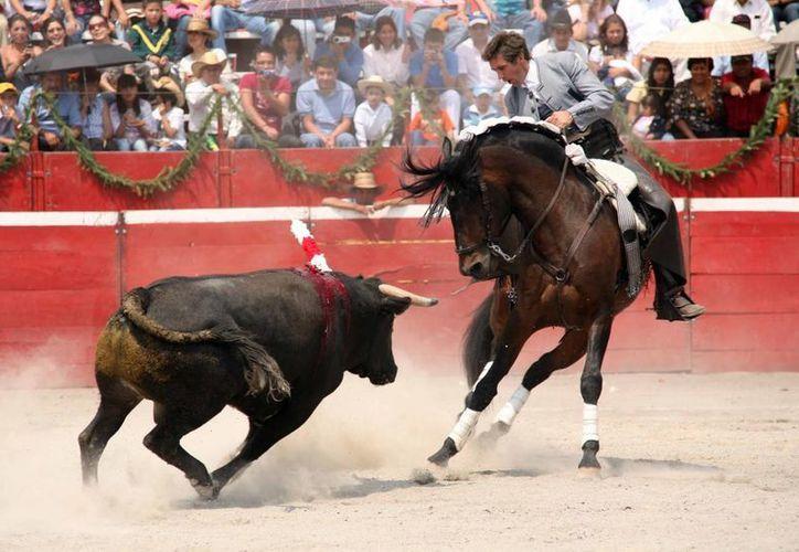 Pablo Hermoso de Mendoza tendrá un mano a mano con Alejandro Zendejas, una corrida puramente para el toreo a caballo. (Redacción/SIPSE)