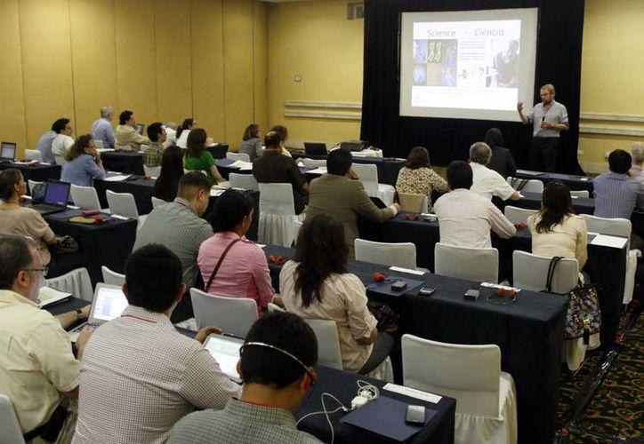 Cerca de 65 científicos internacionales participan en jornadas de innovación. (Christian Ayala/SIPSE)