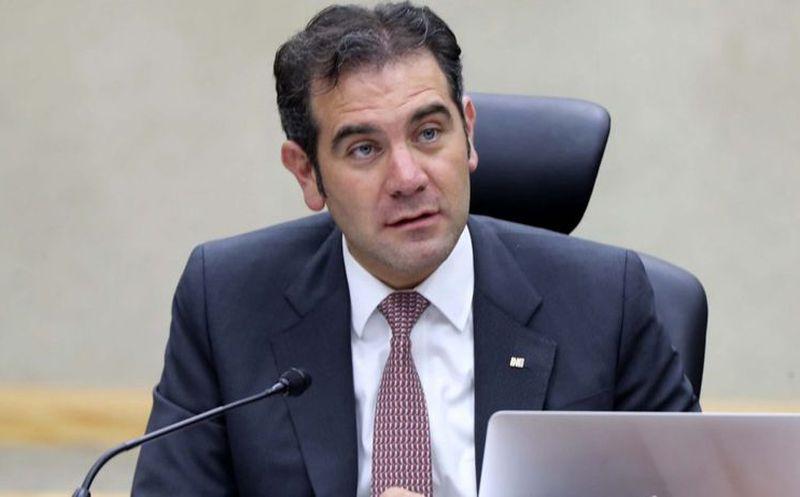 El consejero presidente del INE, Lorenzo Córdova, dio un mensaje previo al inicio de la jornada electoral y tras el retraso en apertura de urnas. (Contenido/Internet)