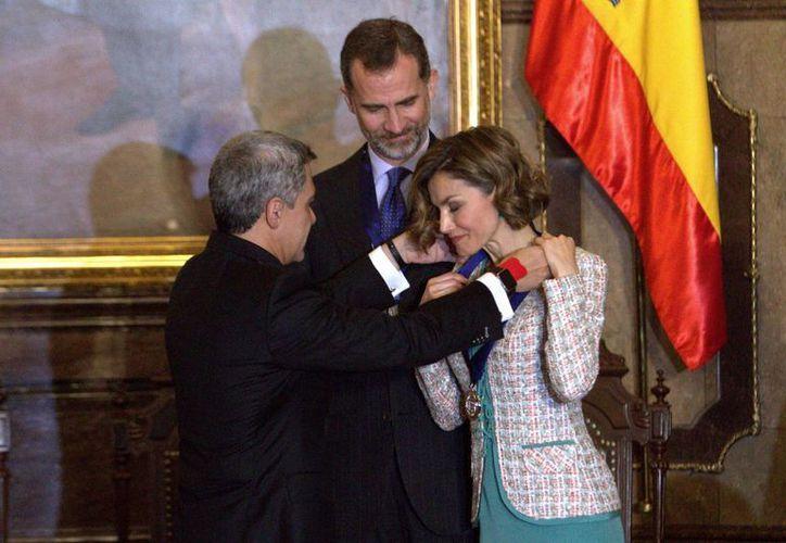 El jefe del gobierno capitalino, Miguel Ángel Mancera, durante la entrega de las Llaves de la Ciudad de México a la reina Letizia de España. Los monarcas están en México hasta el 1 de julio. (Notimex)