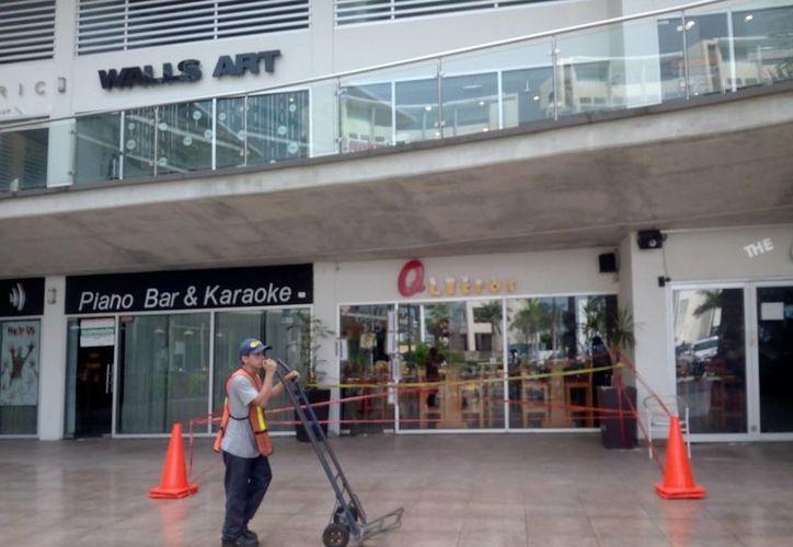 El establecimiento fue asegurado por las autoridades. (Eric Galindo/SIPSE)