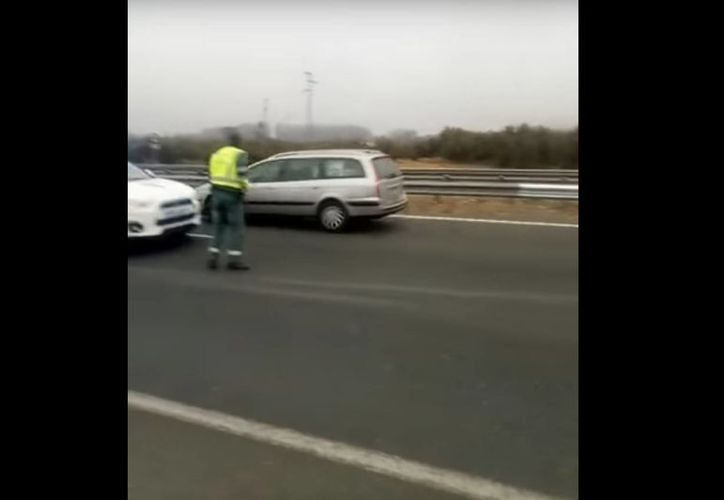 El hecho se registró en una carretera de la provincia española de Almería. (Captura de pantalla)