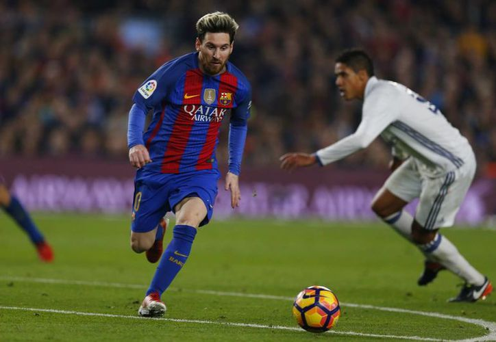 Lionel Messi se encuentra a 52 goles de igualar al alemán  Gerd Müller, quien anotó 525 goles con el Bayern Múnich. (Francisco Seco/AP)