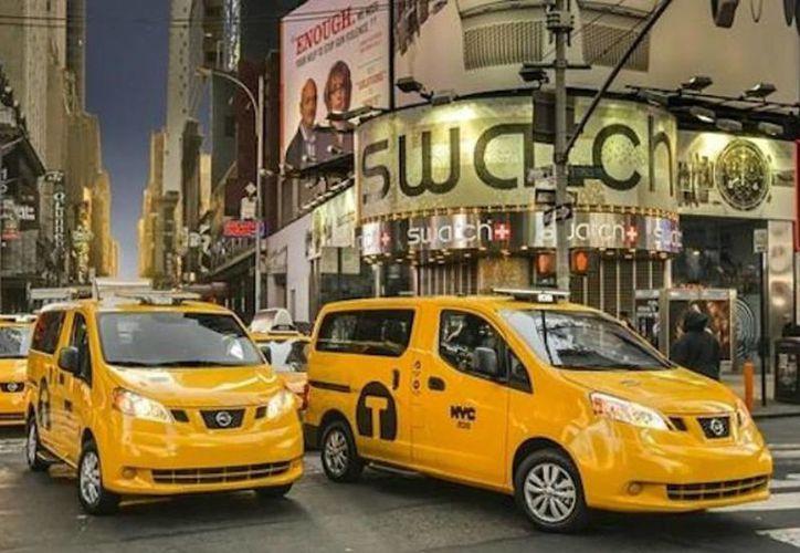 Estos taxis mexicanos circularán por Times Square, Central Park y otros puntos icónicos de la ciudad de Nueva York. (Excelsior)