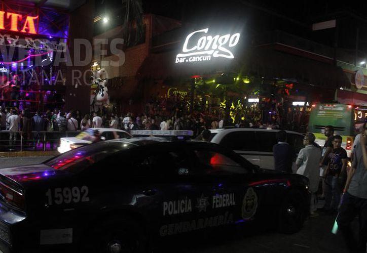 Los jóvenes fueron vistos por última vez en el área de discotecas de la zona hotelera. (Redacción)
