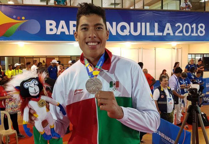 Sansores se llevó la medalla de plata para México en taekwondo, en la división de 87 kilos. (Redacción)
