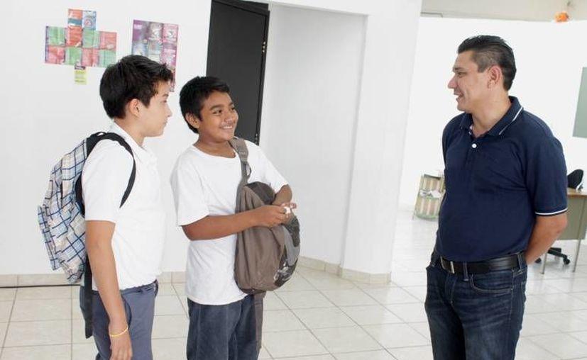 Los jóvenes se preparan para convertirse en los mejores atletas. (Redacción/SIPSE)