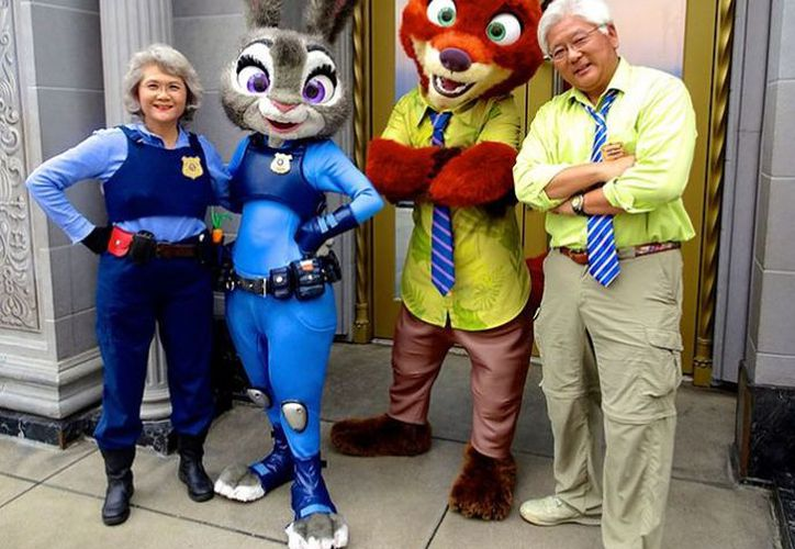 Steven y Millie Tani son una pareja de más de 60 años que realizan cosplays. (Canal 5).