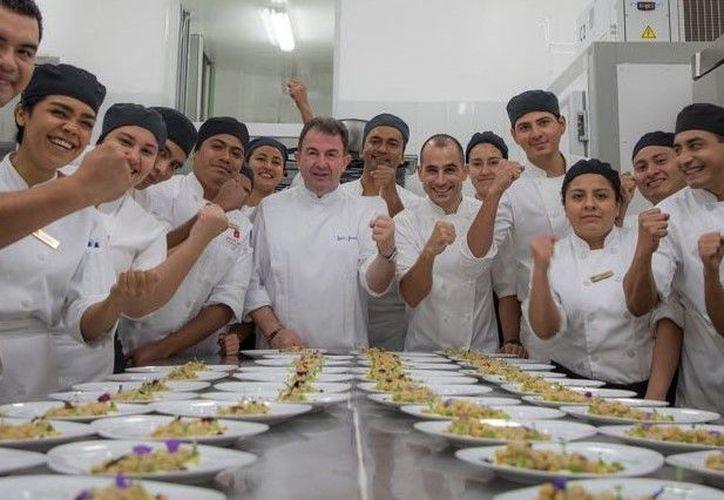 El festival reunirá a algunos de los principales exponentes de la alta gastronomía de la Riviera Maya. (Redacción)