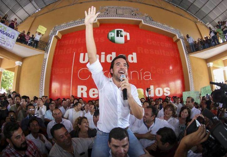 Pablo Gamboa Miner se registró por el PRI como precandidato a diputado federal por el III Distrito. (SIPSE)
