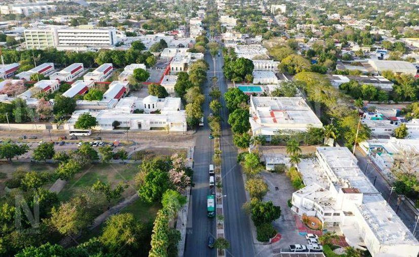 Las calles lucieron semi vacías por la ausencia del sector femenino. (Novedades Yucatán)