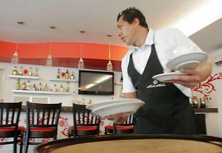 Desde hace algunos años restaurantes han tenido una difícil situación. (SIPSE/Archivo)